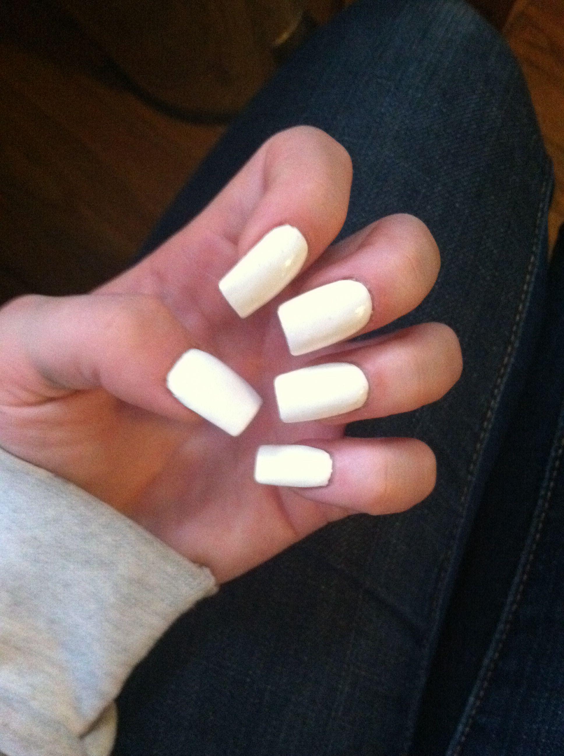 Kendall Jenner nails | Beauty Board | Pinterest | Kendall jenner ...