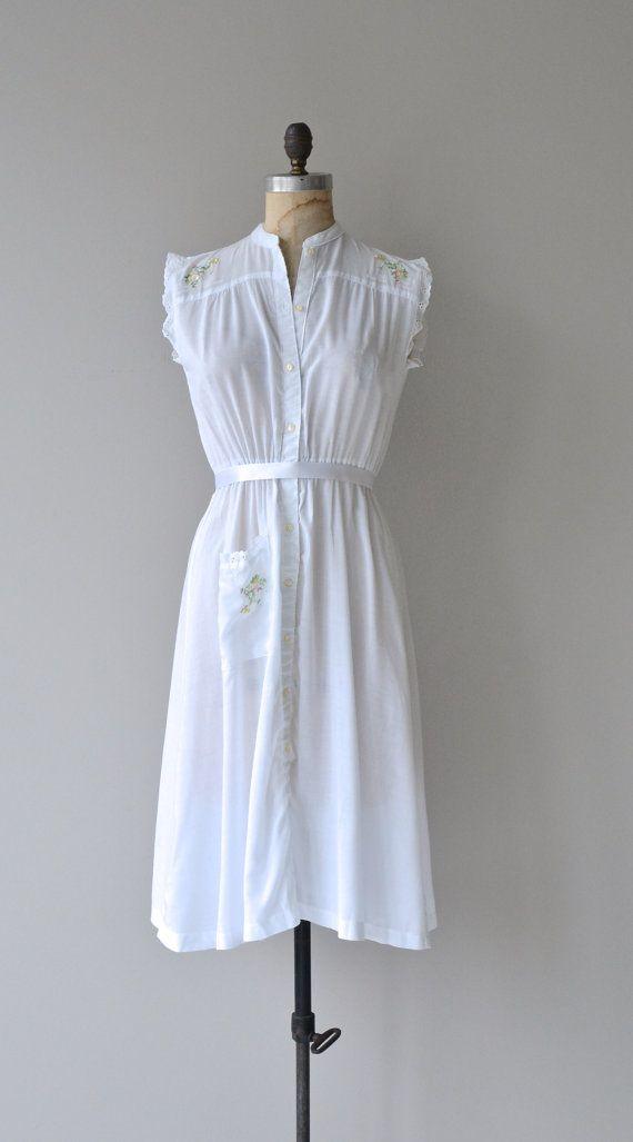 Sweet Briar dress vintage 1970s dress white cotton by DearGolden