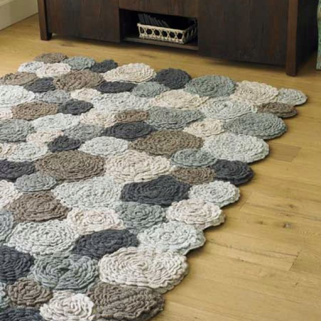 Most Lovely Crochet Flower Rug Ever