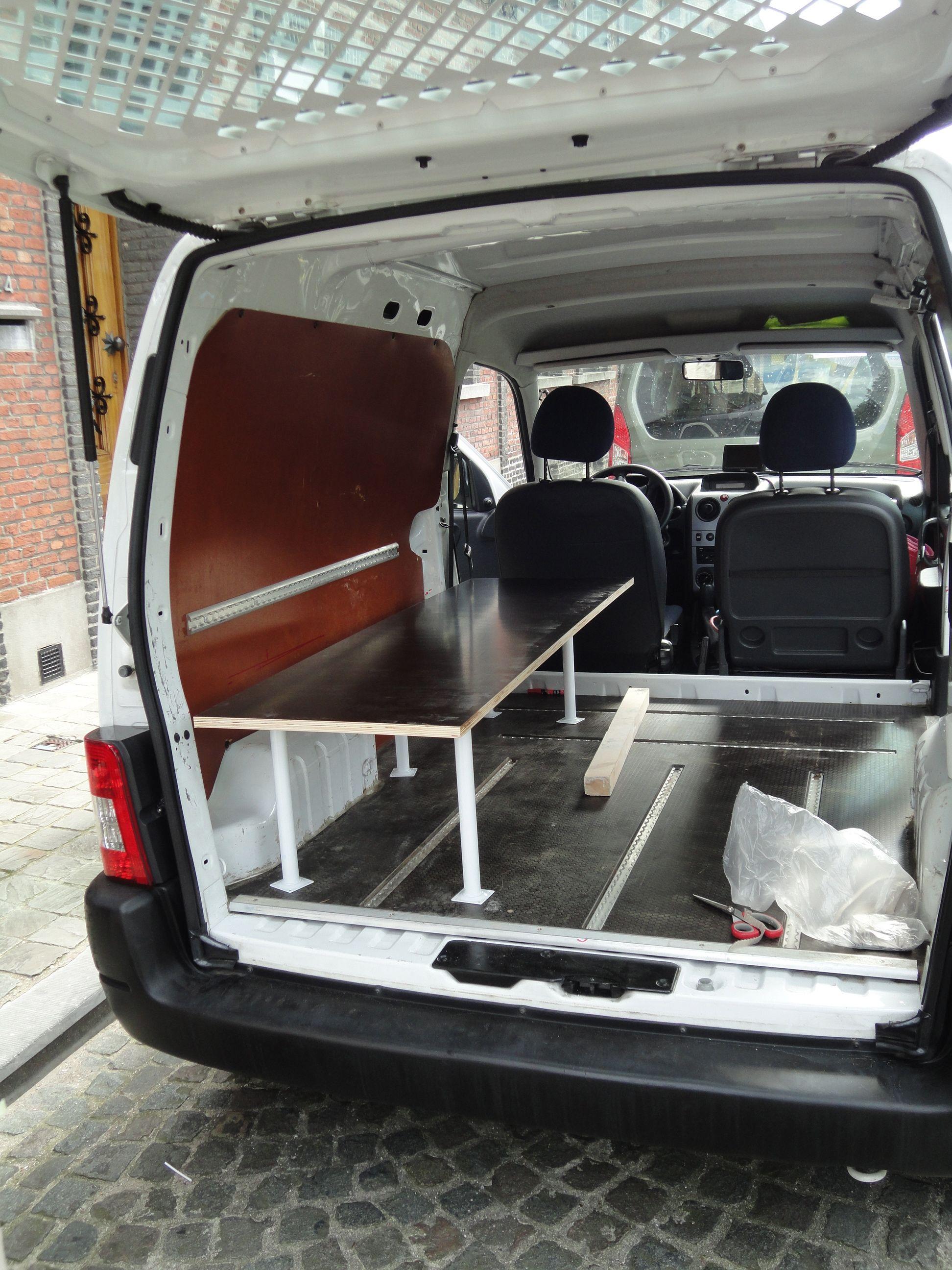 diy camper van room with a view peugeot partner. Black Bedroom Furniture Sets. Home Design Ideas