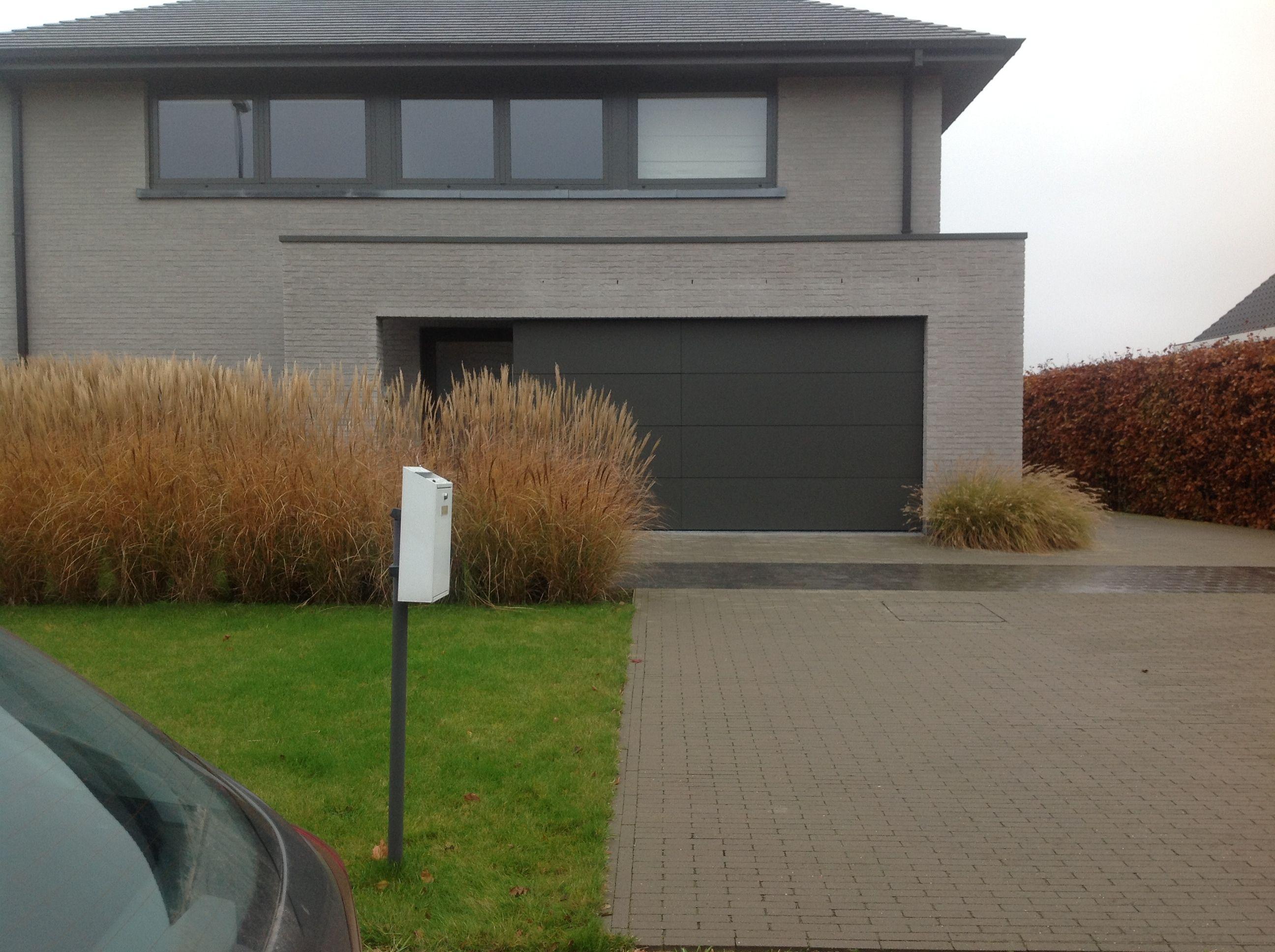 Huis Vrasene - terca agora zilvergrijs