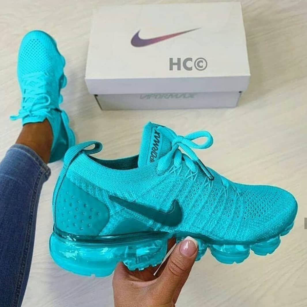 chaussure nike femme a 50