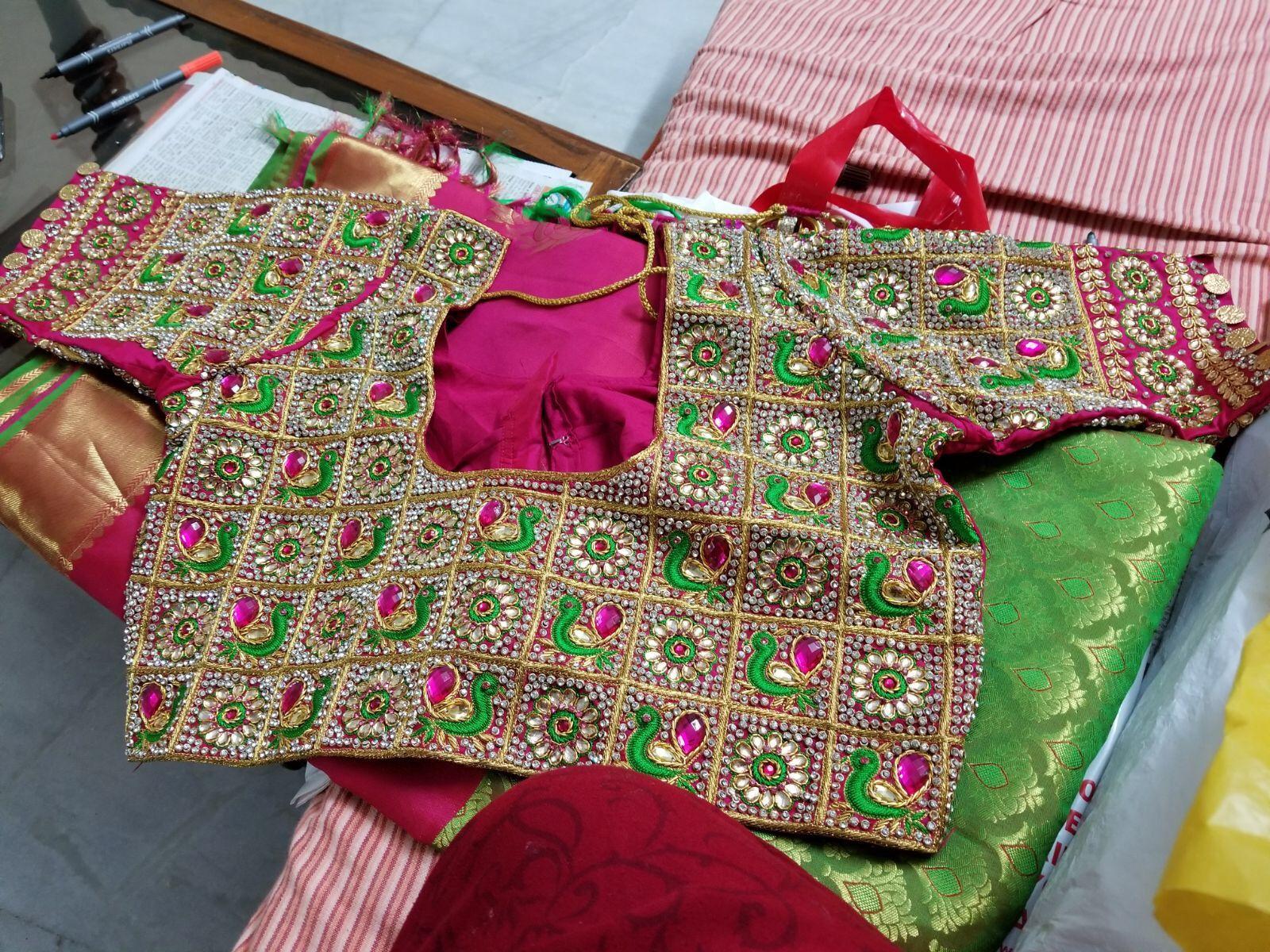Pin de Harita Dandamudi en Embroidery   Pinterest   Sumo