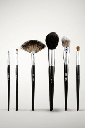 Pro Featherweight Powder Brush #91 by Sephora Collection #7