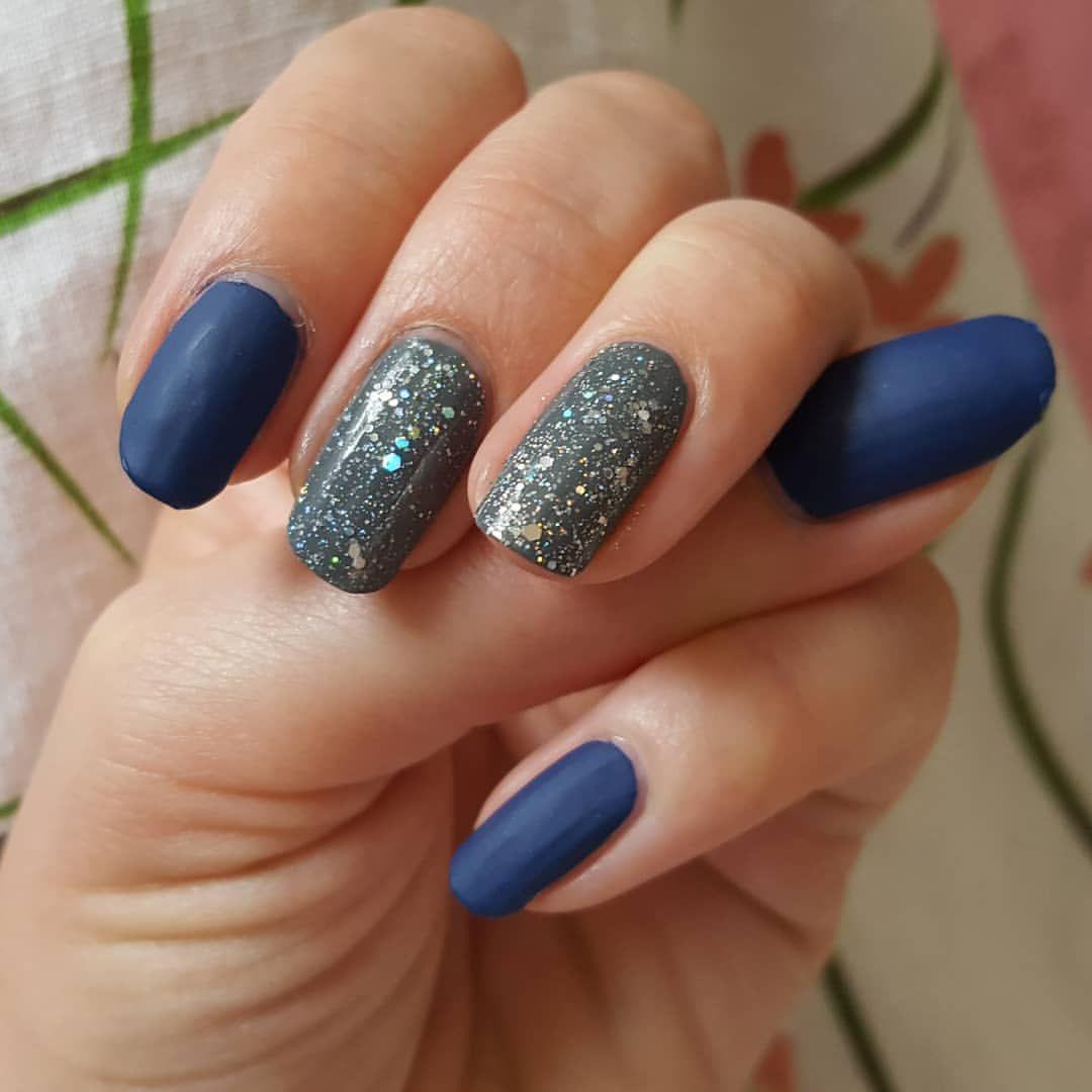 Matt Navy Blue And Sparkly Grey And Silver Nails Cndshellac Cnd Bluenails Navynails Sparklynails N Navy And Silver Nails Blue Shellac Nails Silver Nails