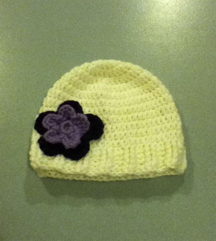 Free Crochet Ribbed Brim Beanie Pattern.
