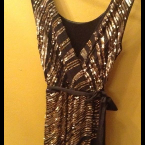 Only Wore On New Years. Great Dress !