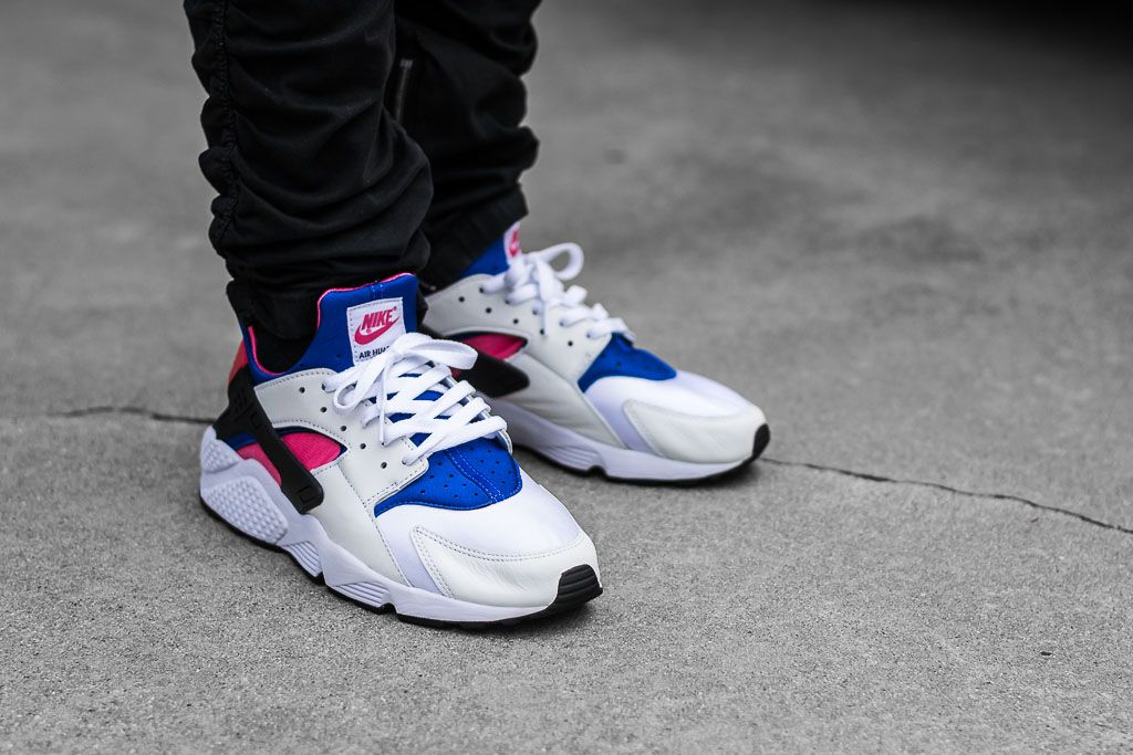 08c14a0ead52d5 See how the Nike Air Huarache Run 91 QS looks on feet in this video review  before you cop! Find out where to buy these Nike Air Huarache Run 91s  online!