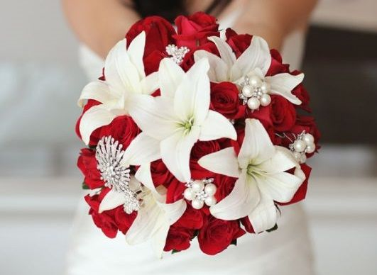 Bouquet Red Roses And White Lilies Getting Hitched Red