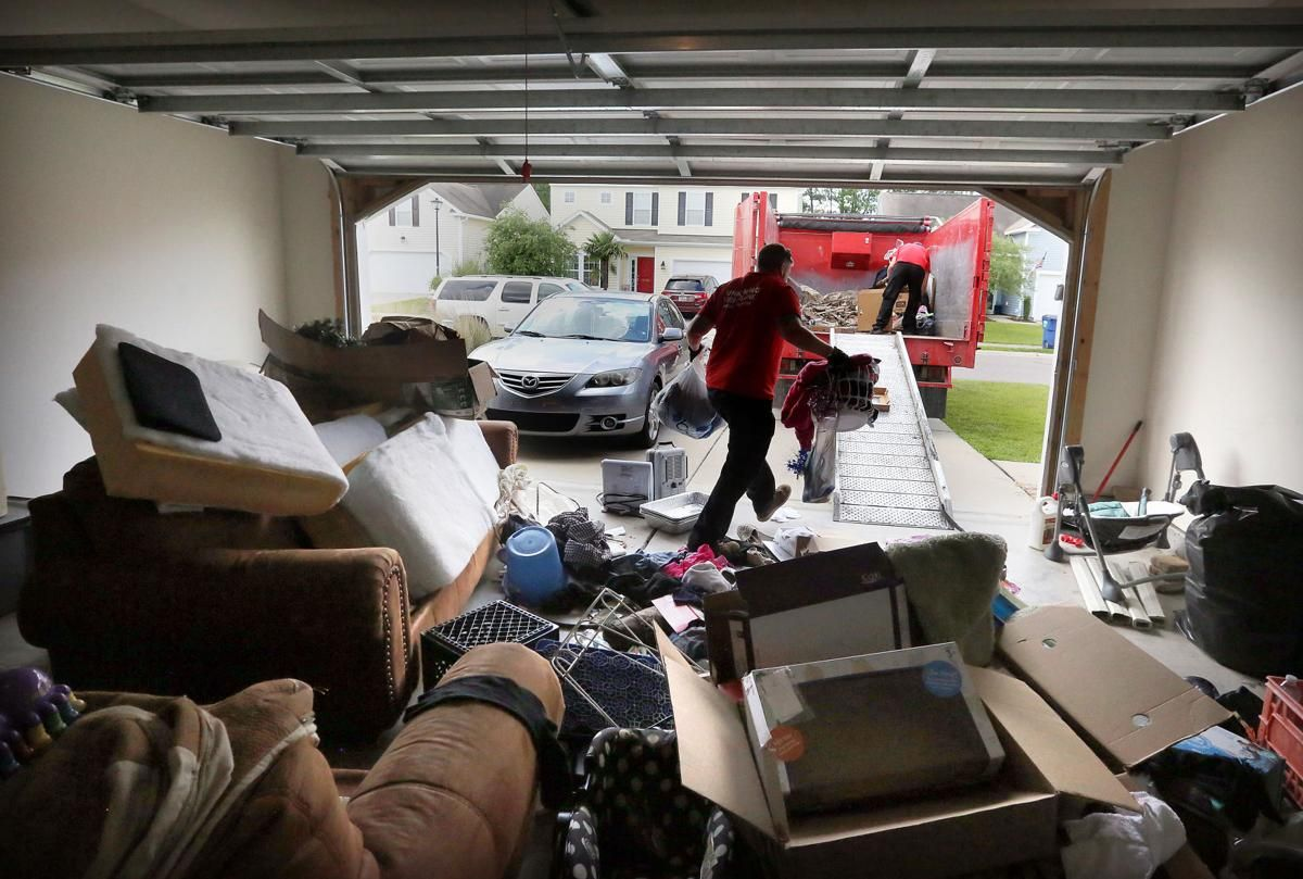 People are overwhelmed with stuff, so junk-hauling businesses are booming  in Charleston in 2020 | Junk hauling, Junk removal business, Self storage
