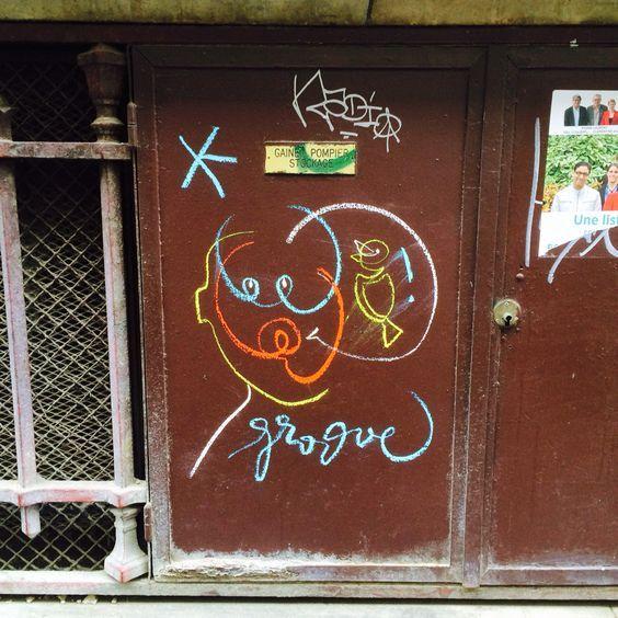 Groove in rue d'Enghien, 75010