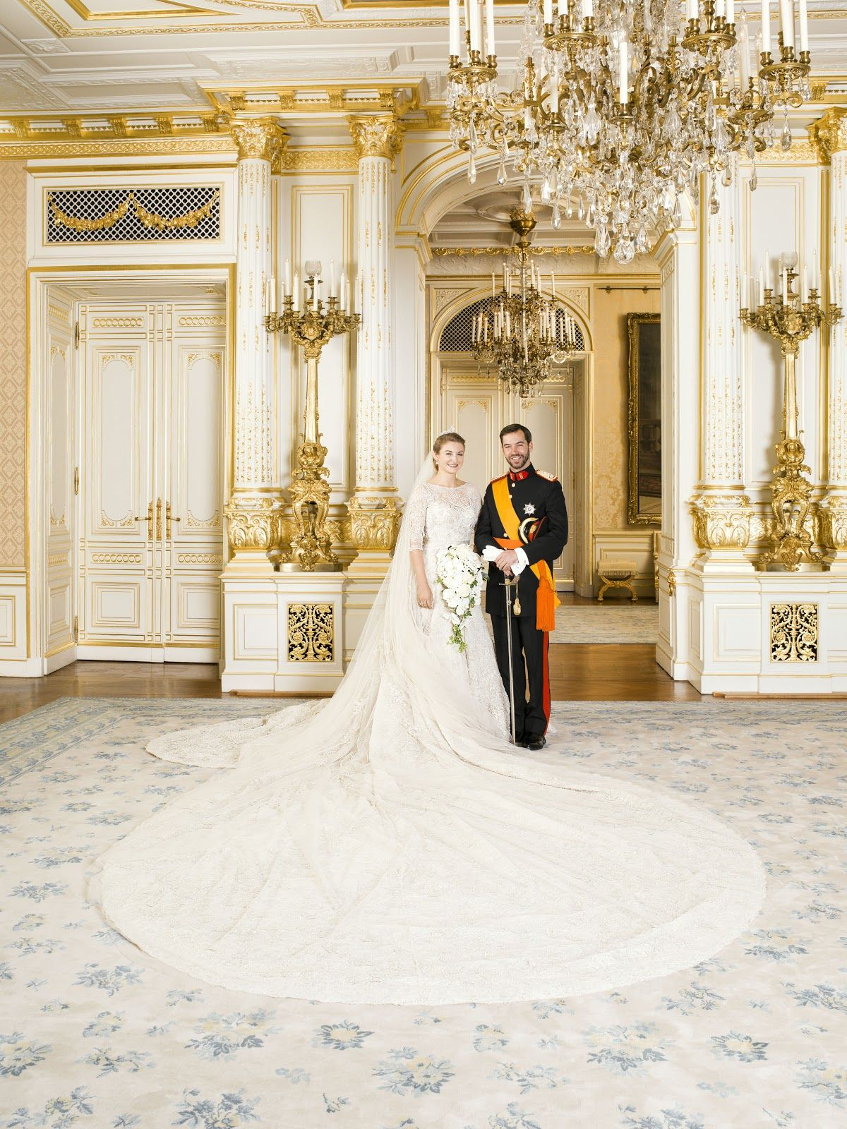 Official Portrait From Luxembourg Royal Wedding Gowns Royal Wedding Dress Royal Brides [ 1600 x 1200 Pixel ]