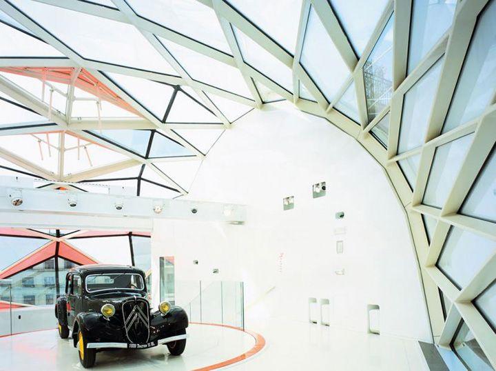 c42 citroen showroom by manuelle gautrand architecture paris store design pinterest. Black Bedroom Furniture Sets. Home Design Ideas