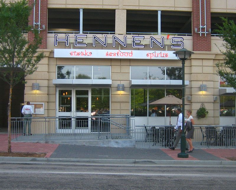 Love The Food And Service At Hennen S Chattanooga Restaurants Great Restaurants United States Travel