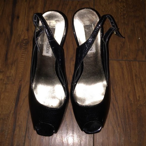 NWOB Steve Madden Black Shiny Peep Toe Heels So cute! Almost brand new condition. Steve Madden Shoes Heels