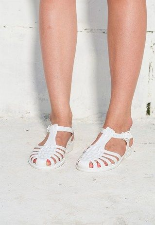 ff9e0d592 WHITE JELLY SHOES 80S VINTAGE RUBBER JELLY SANDALS