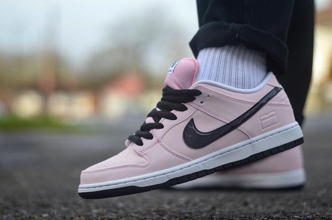 Nike SB Dunk Low 'Nontourage' (by @tonydiamonds