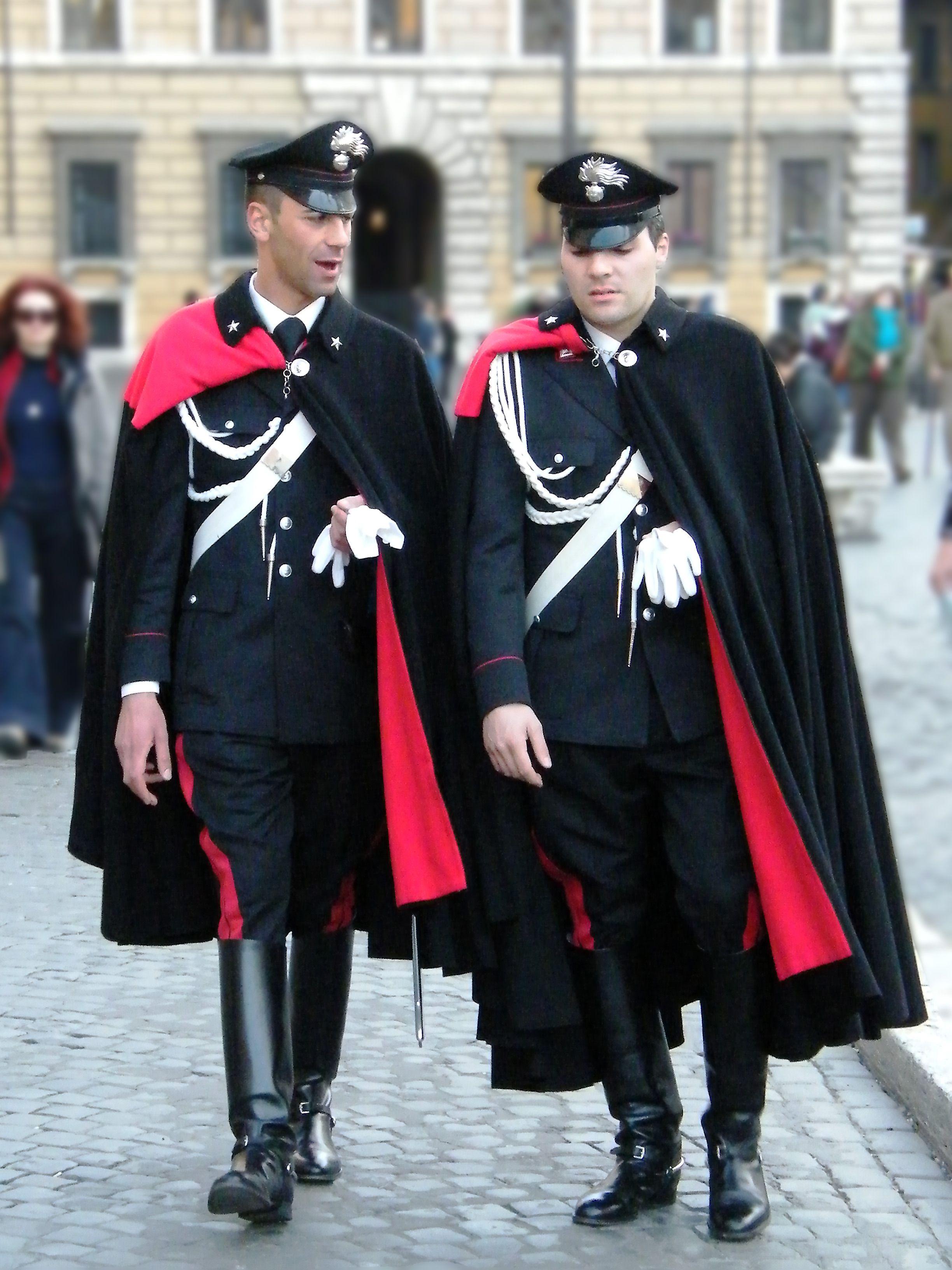 海外「ナチス親衛隊の軍服よりカッコいい制服ってこの世に存在