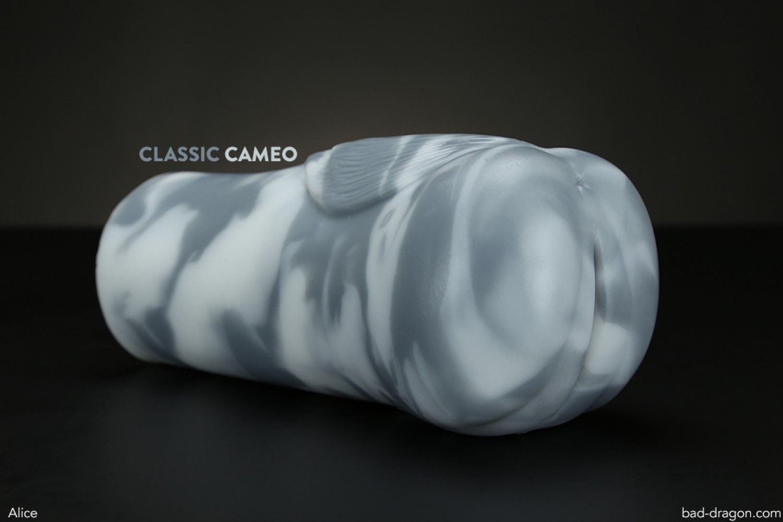 Flesh Light Rabbit Pearl