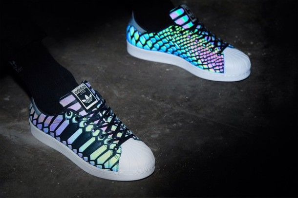 Adidas Superstar with LED Stripes | Frauenschuhe, Adidas ...