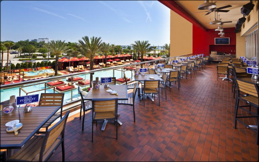 Bubba Gumps Biloxi Mississippi Inside Golden Nugget Pool View