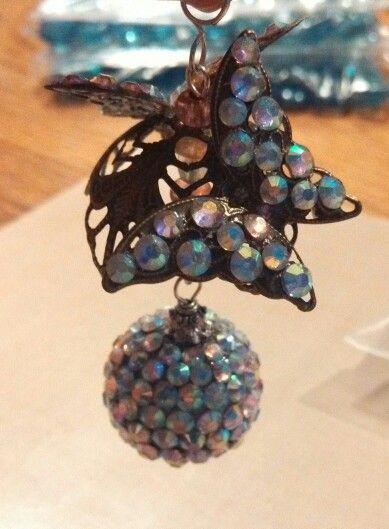 Butterfly Dangle  https://www.facebook.com/daisiesdiamonds