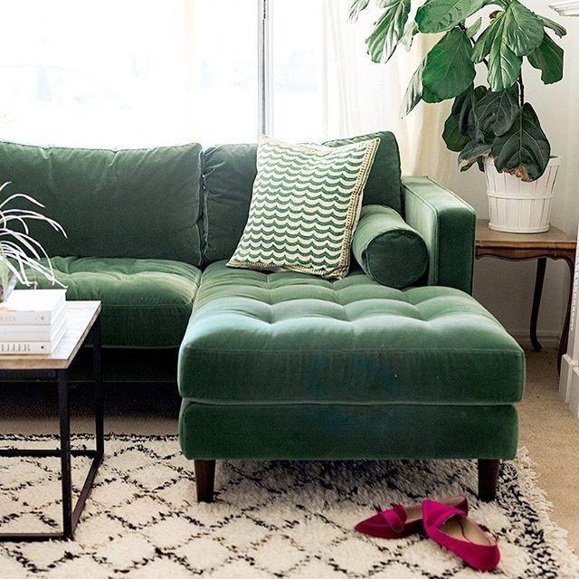 Green Velvet Right Sectional Tufted Article Sven