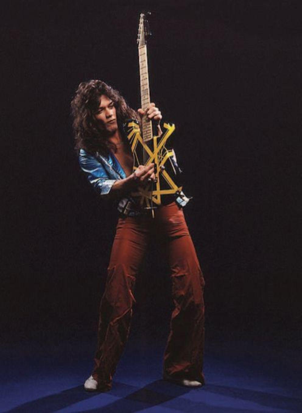 Edward Van Halen By Neil Zlozower 1979 Eddie Van Halen Van Halen Van Halen 5150