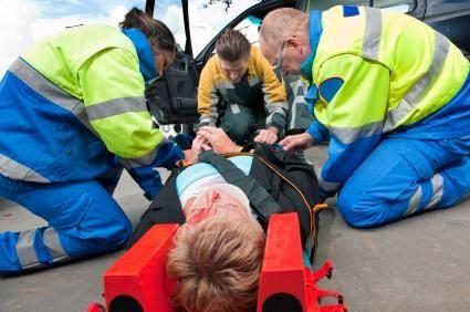 Becoming A Paramedic Lovetoknow Paramedic Head Injury Brain Injury