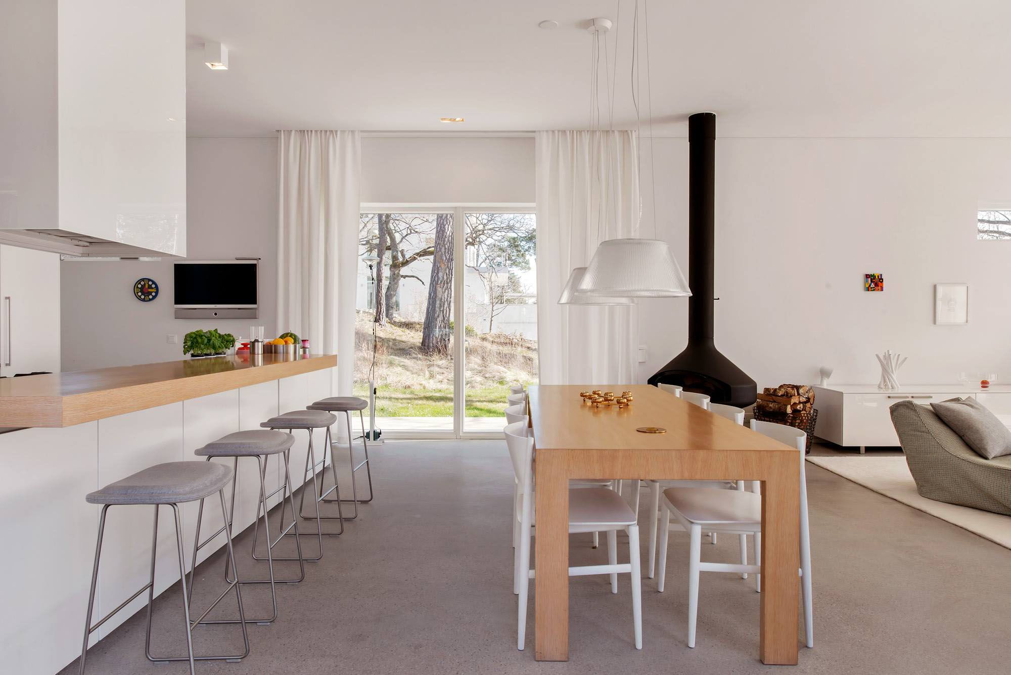 Neat Setting Of Modern Villa Near Stockholm Interior Integrating Open