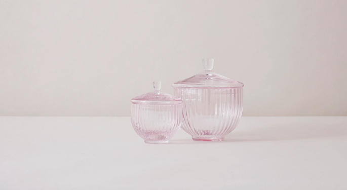 Bonbonnieres in soft pink glass by Lyngby Porcelæn #porcelænsfabrikkendanmark #monogram #original