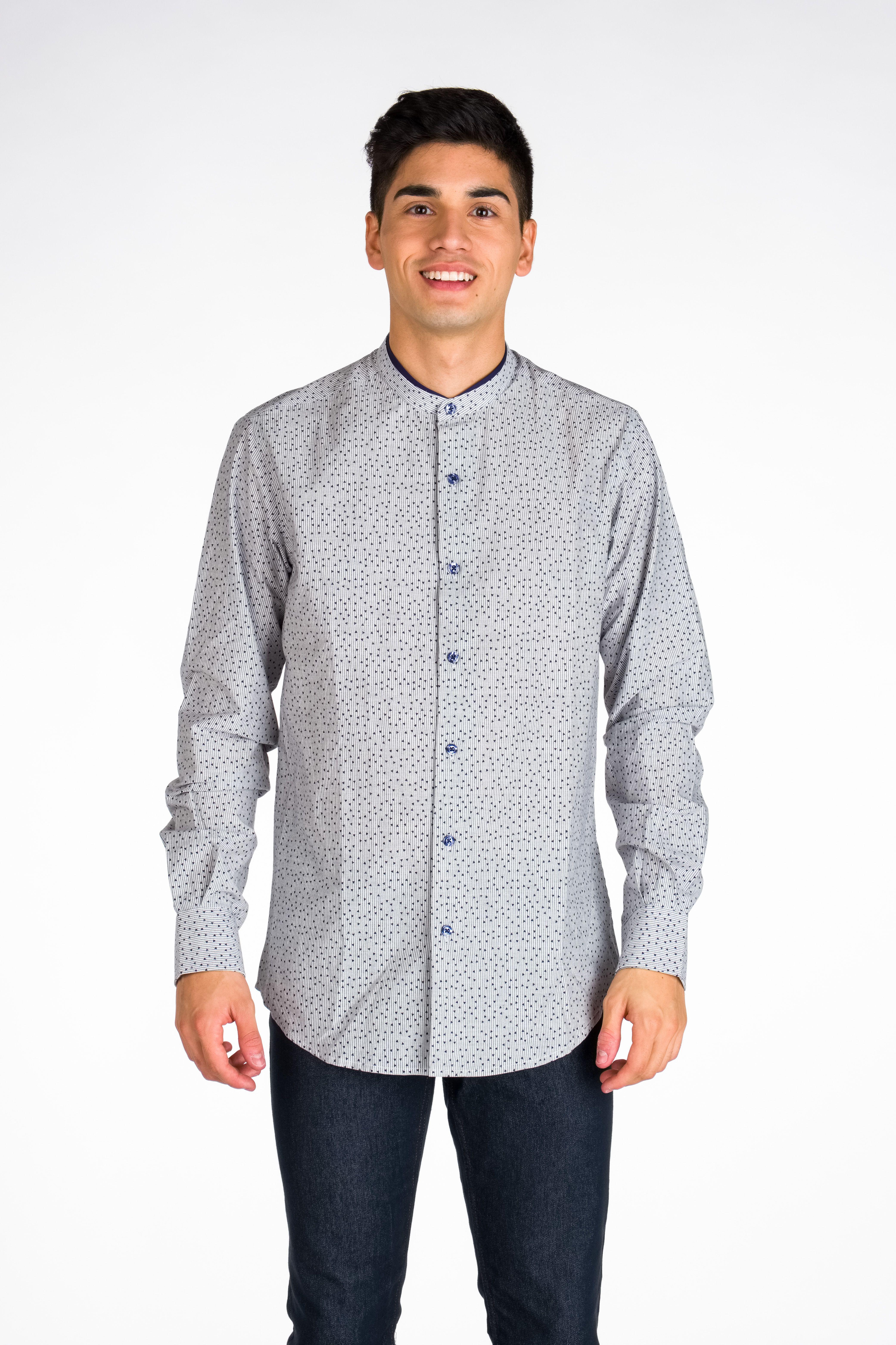 ae6c44d98a6 Camisa juvenil, divertida y muy actual para hombre. A elegir entre dos  colores entre
