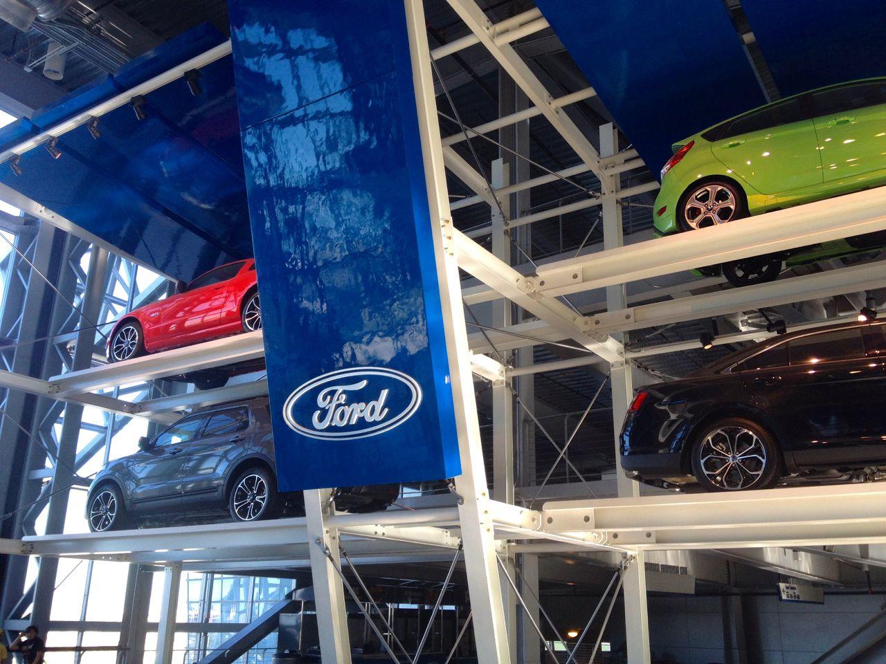 Ford Dealership Arlington Tx >> The Ford Museum At At T Stadium In Arlington Tx Museum