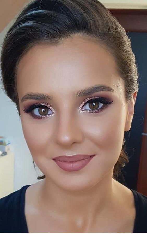 Schöne Hautfarbe und Rose Gold Augen Make-up – Madie U. – Boda fotos