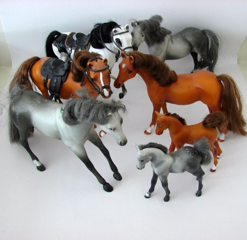 Grand Champion Collectible Toy Horse Lot 5 Horses 2 Foals