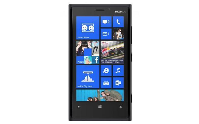 $499 Prezzi, offerte e recensioni per Nokia Lumia 920. Nokia Lumia 920 è lo smartphone Windows Phone 8 più potente in circolazione al momento. Nokia Lumia 920 colpisce per il suo design, il display di qualità e l'eccellente fotocamera. Peccato che sia un po' ingombrante e costoso.