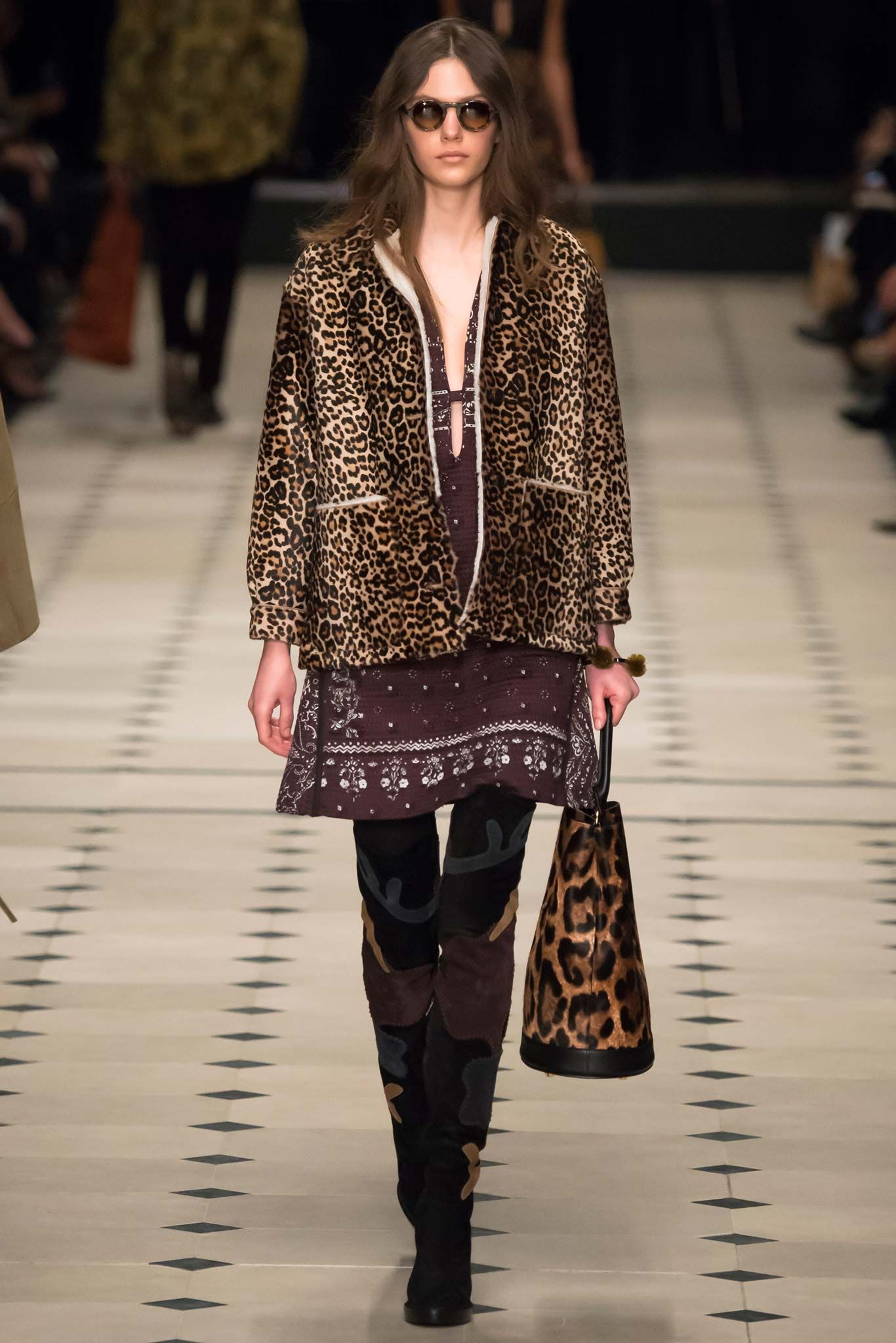 Burberry Prorsum - Fall 2015 Ready-to-Wear - Look 28 of 55
