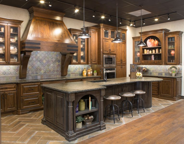 Kent Moore Cabinets - Richmond Design Center | Design ...