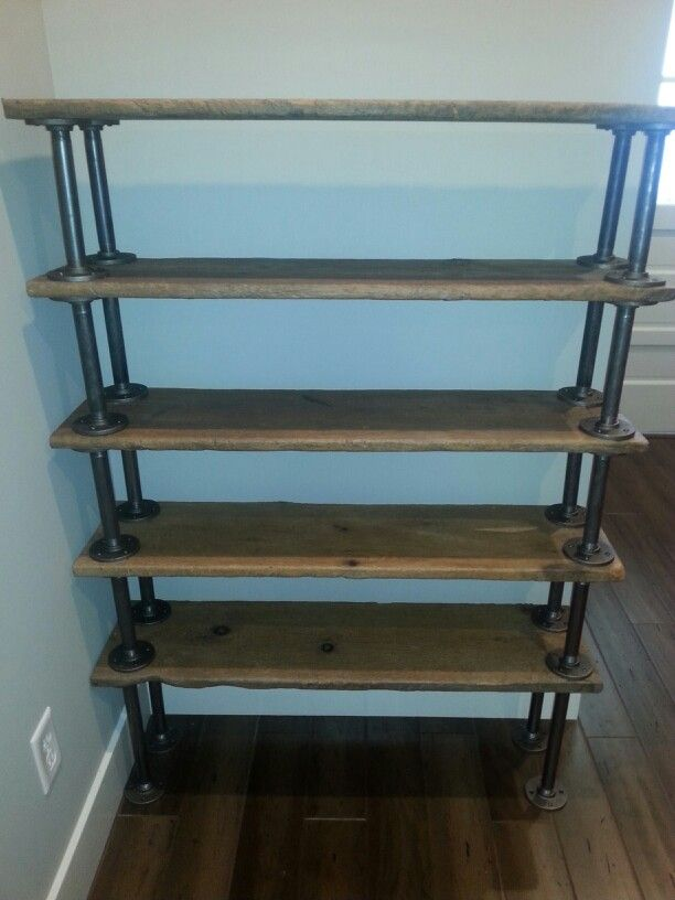 Shoe rack from barn wood and galvanized pipe. | estanteria ...