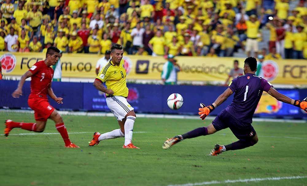 RT @FCFSeleccionCol: #DatoFCF Colombia 🇨🇴 realizó 159 remates al arco contrario producto de jugadas abiertas en la eliminatoria para #Rusia2018 🇷🇺. En promedio disparó 8,83 veces por partido. https://t.co/jB68tY5Hl2