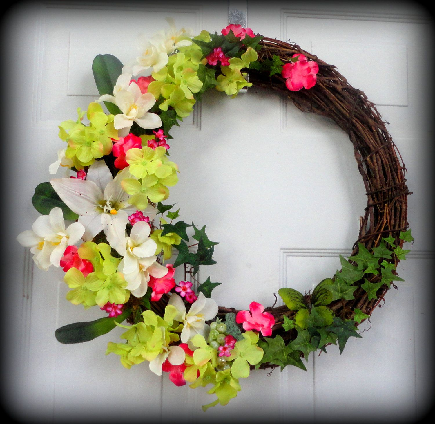 Outdoor Spring Decor: Spring/Summer Wreath