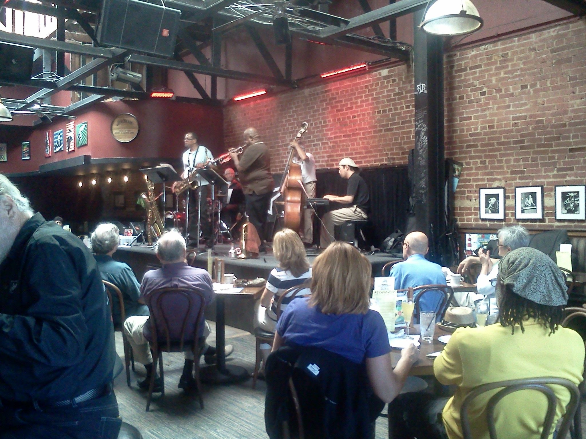 La jazz the light house cafe feat cjs quintet cafe