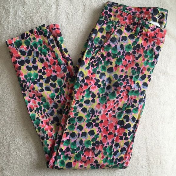 """Gap printed skinny khakis Fun and bright printed ankle length khakis. """"Skinny mini"""" style from Gap. GAP Pants Ankle & Cropped"""