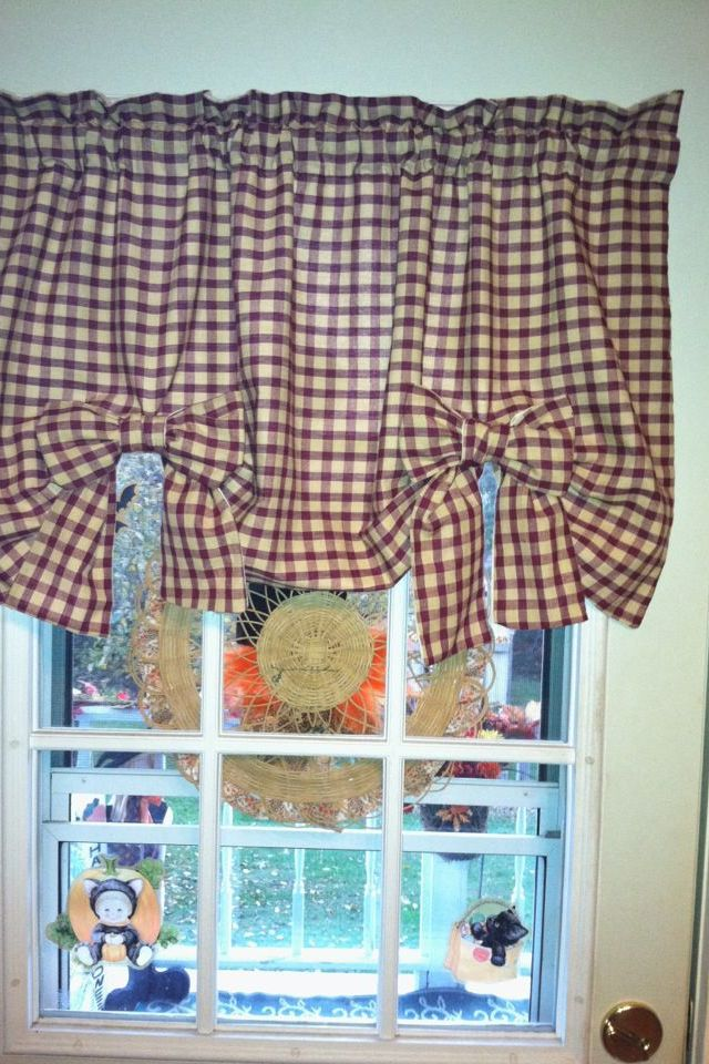 cute valance idea for dining room not