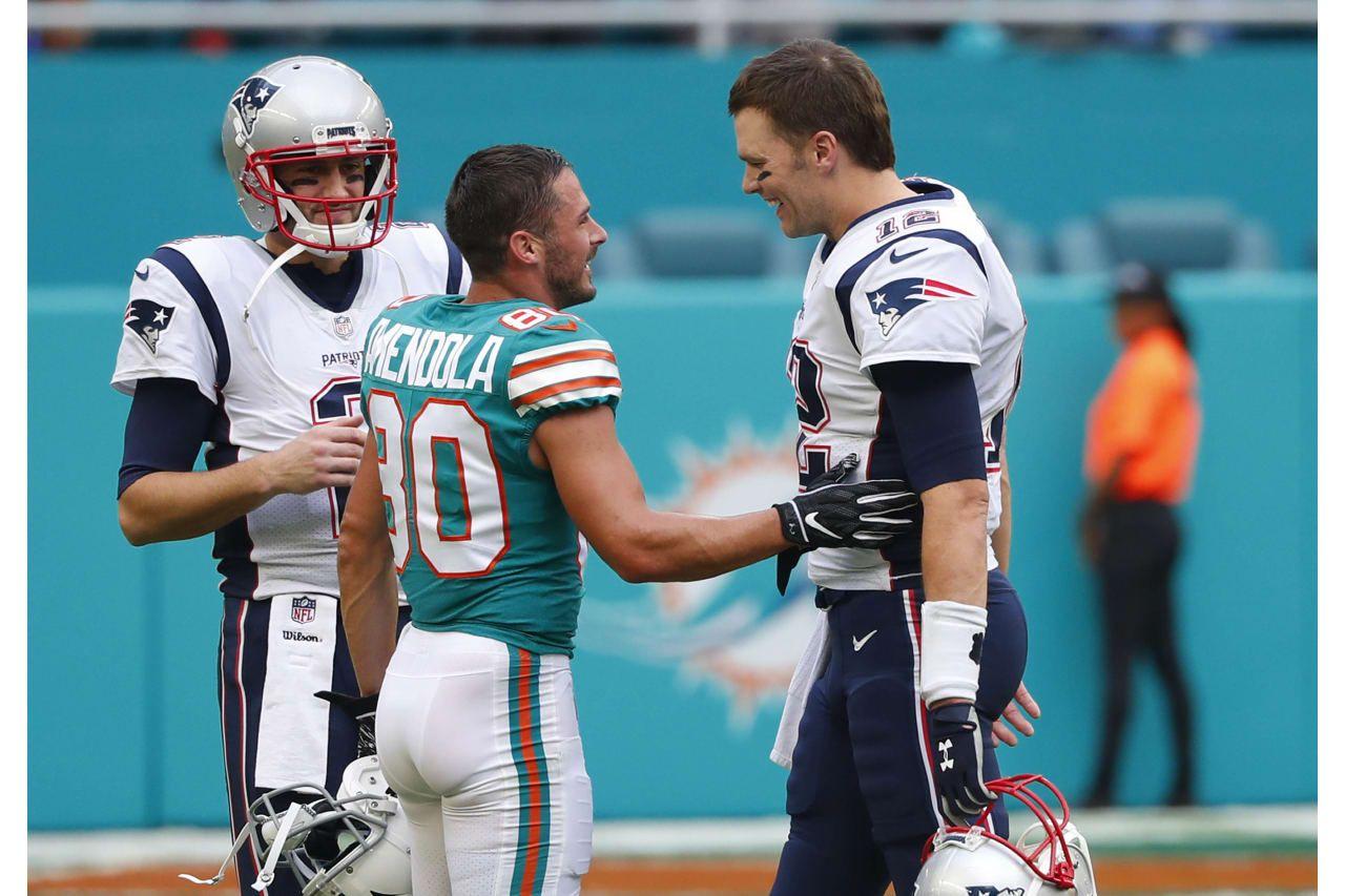 Miami Dolphins Wide Receiver Danny Amendola 80 Greets New England Patriots Quarterback Tom Bra New England Patriots Football Danny Amendola Patriots Football