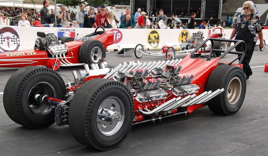 classic dragster four v8 engines and 4wd tired engine and wheels. Black Bedroom Furniture Sets. Home Design Ideas