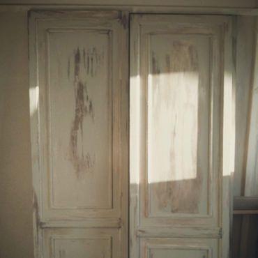 襖をアンティーク風ドアに 何とも言えない昭和な押入れの襖をはずして