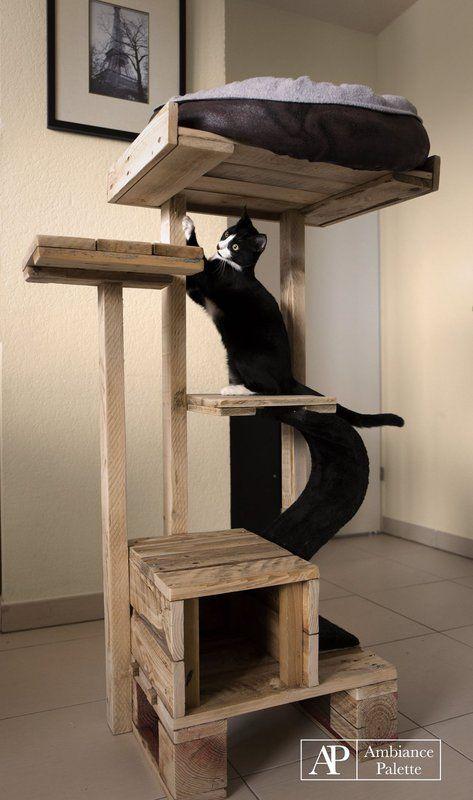 kit pour chats fabriqu s avec des palettes arbre chat chat mobilier pour chat et jouet. Black Bedroom Furniture Sets. Home Design Ideas