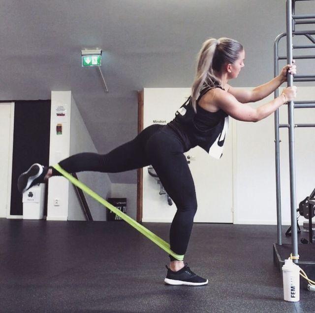 RUBBER BANDS AND ANKLE WEIGHTS | Linn Jacobsson | Bloglovin' lårcurl baksida ben lår curl spark
