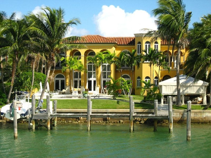 Star Island In Miami Beach Bayfront Luxury Home Www.realtyworldflorida.com